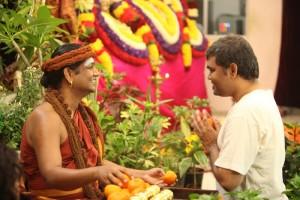 2015-01jan-10th-nithyananda-diary_IMG_4216_bidadi-swamiji-kalpataru-darshan