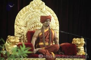 2015-06jun-24th-nithyananda-diary_IMG_1208_bidadi-satsang-swamiji-300x200