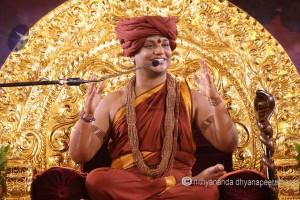2015-07jul-02nd-nithyananda-diary_IMG_2283_varanasi-satsang-swamiji-300x200