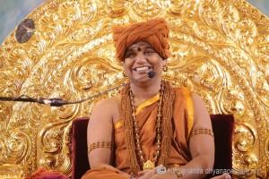 2015-07jul-06th-nithyananda-diary_IMG_4862_varanasi-satsang-swamiji-300x200