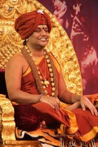 2015-10oct-10th-nithyananda-diary_IMG_4293_varanasi-ia-satsang-swamiji
