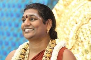 2014-08aug-17-nithyananda-diary_IMG_5095_bidadi-krishna-jenmashtami-morning-swamiji