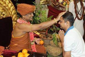 2015-04apr-29th-nithyananda-diary_IMG_4962_bidadi-satsang-swamiji